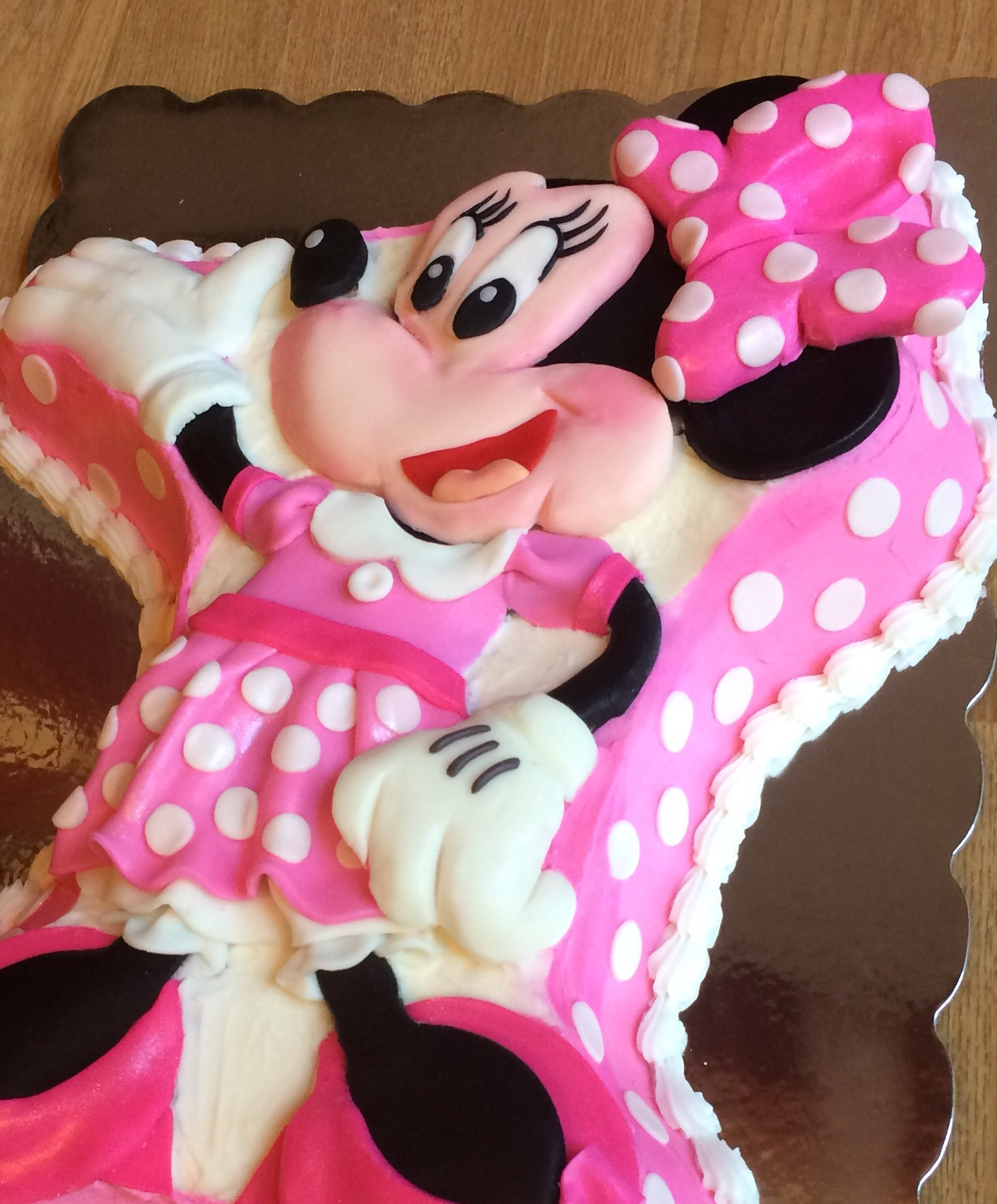 Fantastic Wilton Minnie Mouse Cake Nicholes Custom Cakes Funny Birthday Cards Online Barepcheapnameinfo